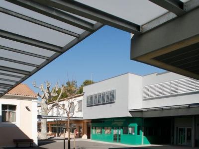 Collège Jules Ferry Lien vers: JulesFerry
